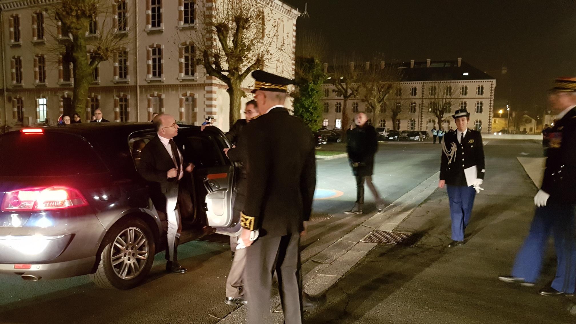 C r monie de la remise des sabre la 123 me promotion d for Gendarmerie interieur gouv